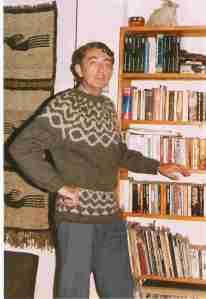 ian-modelling-sweater-knit-by-janet-1986-bhutan