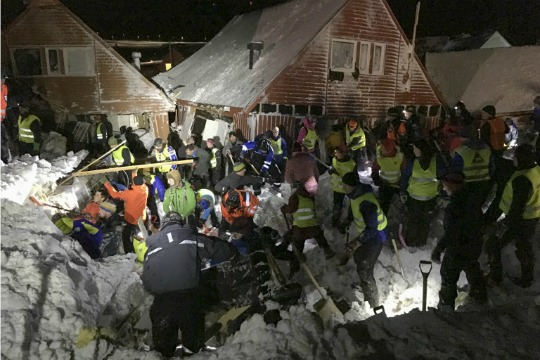 406677-norway-avalanche-afp