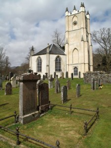 Glenorchy_church_and_graveyard