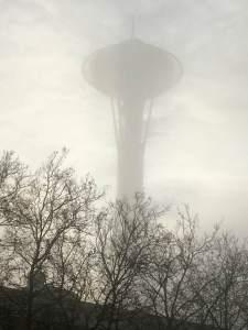 space-needle-foggy-morning-isabella
