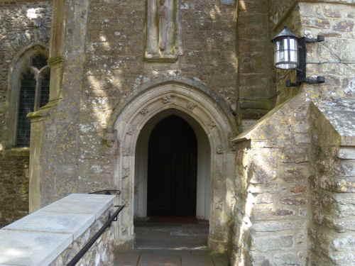 awliscombe-church