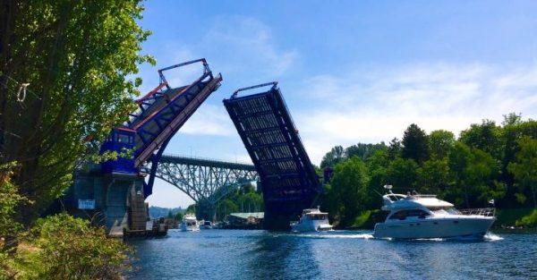 fremont-bridge-in-may-2015-photo-by-matt-randles-e1484202098448