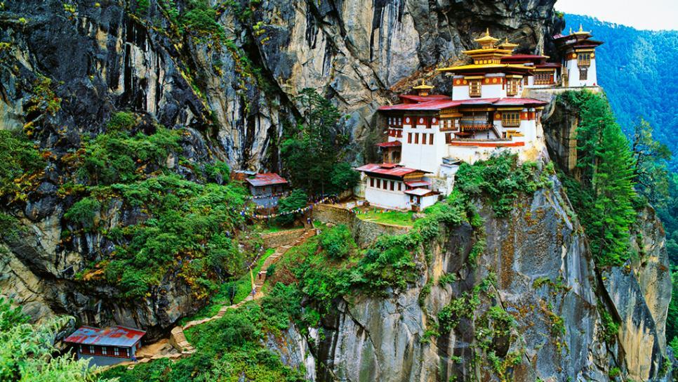 bhutan-paro-taktsang-monastery-tigers-nest.rend_.tccom_.966.544